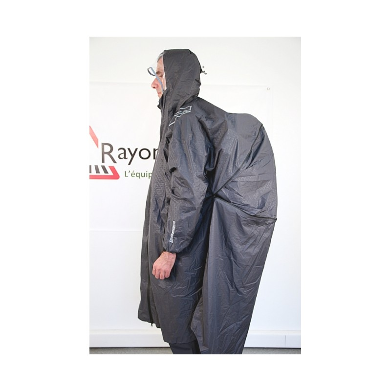 cape de randonn e respire vertical vente de capes de pluie. Black Bedroom Furniture Sets. Home Design Ideas